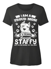 Proud Mom Of A Staffy! - I Am Freaking Awesome Staffy T-shirt Élégant pour Femme