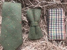 Moss Green Mens Tie, Bow Tie and Check Pocket Square perfect for weddings. UK