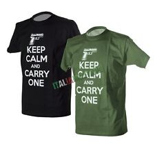 T-Shirt Maglietta Militare KEEP CALM and Carry One - Nera Verde