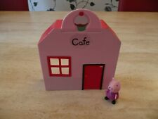 PEPPA PIG PLAY SETS VETS TOY STORE SHOP TEA CAFE PLAY DEN WITH PEPPA FIGURE