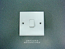 DETA SLIMLINE WHITE 1 GANG 1 WAY 10A LIGHT SWITCH S1202 ***CLEARANCE***