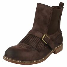 LADIES DOWN TO EARTH BROWN BOOTS F50568
