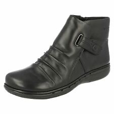 LADIES CLARKS UNSTRUCTURED LEATHER ZIP RUCHED FLAT ANKLE WINTER BOOTS UN ARLYN