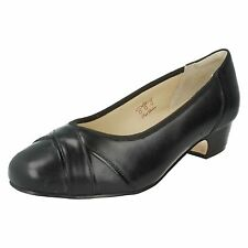 LADIES EQUITY BLOCK LOW HEEL SLIP ON LEATHER COURT SHOES 4E FIT CRESSIDA 905619