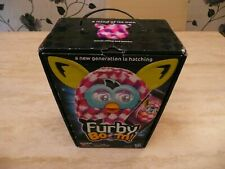BOXED HASBRO FURBY BOOM ORANGE STARS HOUNDSTOOTH CUBES ELECTRONIC TOY PET