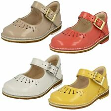 Girls Clarks Yarn Jump Patent Leather First Walking Shoes