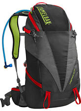 Camelbak Highwire 25 BERE Wander Zaini Backpacking CAMPEGGIO