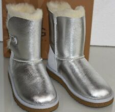 New UGG Uggs GIRL KIDS Classic Metallic Silver LEATHER Bailey Button Boots