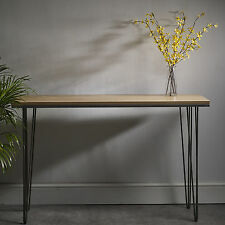Stunning Side Table in Solid Hardwood - Modern Design with Steel Hairpin Legs