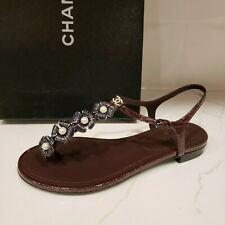 CHANEL Fantasy Patent T Strap Camellia Thong Flat Sandals Shoes Burgundy $1050