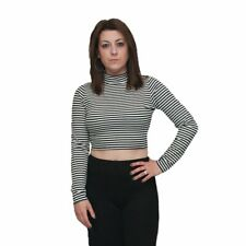 Black / white striped crop top with long sleeves