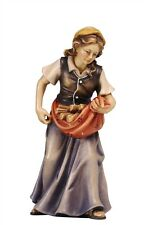 Female wood carrier, statue wood carving for Nativity set mod. 912