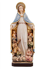 Mary of protection statue wood carving