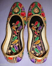 Thread Embroidered hand made punjabi jutti shoes bridal wear PJ9711