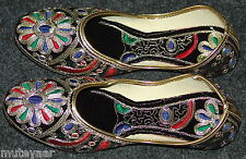 Thread Embroidered hand made punjabi jutti shoes bridal wear PJ9715