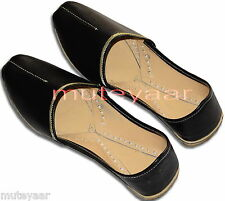 GOLDEN LINE BLACK Hand Made Patiala Punjabi Jutti Desi Shoes for Men PJ9741