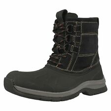 Mens Clarks Nashoba Summit Rubberised Black Upper and Suede Mid Calf Boots