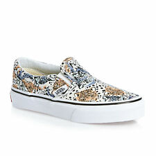 Vans Trainers - Vans Classic Slip-on Trainers - (wild Cat) True White