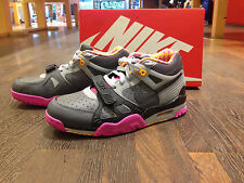 """NIKE Air Trainer 3 PRM QS """"BO KNOW HORSE RACING"""" - wolf grey/club pink"""