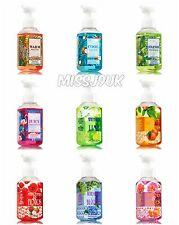Bath & Body Works Gentle Foaming Hand Soap NEW CHRISTMAS SCENTS