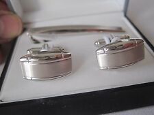 Geoffrey Beene Silver-Tone Cufflinks and Tie Bar