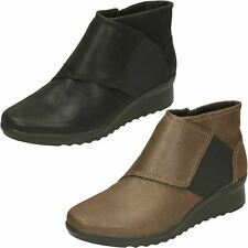 Mujer Clarks NUBE Steppers caddell RUSH Negro O BRONCE Botines Casuales