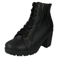 SPOT ON WOMENS LADIES CHUNKY HEEL LACE UP CASUAL PLATFORM ANKLE BOOTS F50313