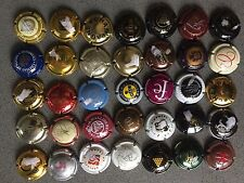 Champagne CAPSULE ASSORTITO Champagne TAPPI handsorted placomusophilie