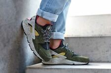 Nike Air Huarache Run PRM | Black/Desert Moss | [Mens Trainers [704830-010]