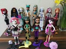 Monster High Puppen Basic School's Out Toralei C.A.Cupid Nefera Cleo Draculaura