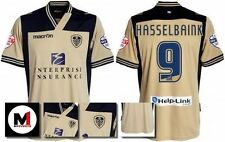 *13 / 14 - MACRON ; LEEDS UTD AWAY SHIRT SS + PATCHES / HASSELBAINK 9 = SIZE*