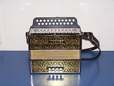 Accordion diatonic Hohner 2915 in Sol - Do with straps. and guaranteed 2 years