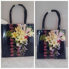 TED BAKER TANACON/TRACON BOTANICAL TRAIL LARGE /SMALL ICON BAG -NAVY