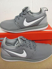 Nike Roshe Two (GS) Running Trainers 844653 004 Sneakers Shoes