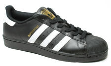 Sneakers unisex Adidas, mod. Superstar, tomaia in pelle nero, art. B27