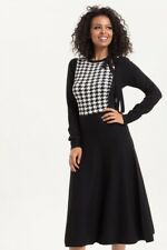 Voodoo Vixen Sofia Knitted Houndstooth Dress