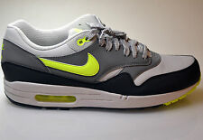Nike Air Max 1 Essential  Sneaker Turnschuhe Laufschuhe COMMAND SKYLINE LTD 070!