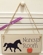 HANDMADE PERSONALISED I LOVE HORSES SHABBY CHIC HOME GIFT WOODEN PLAQUE SIGN