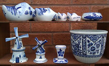 SELECTION OF ASSORTED DELFT BLAUN WARE