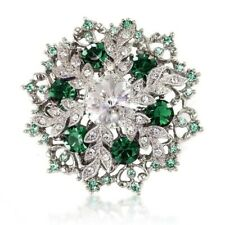 BEAUTIFUL GREEN SWAROVSKI ELEMENTS CRYSTAL SNOWFLAKE BROOCH PENDANT GIFT