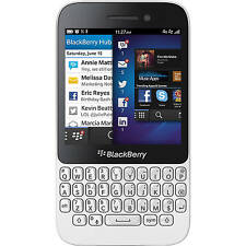 Blackberry Q5 - 8 GB - White - Smartphone (Imported) Factory Unlocked