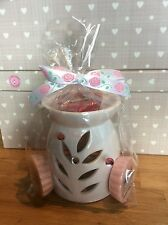 Wax Tart/Oil Burner With 3 Yankee Candle Wax Tarts And 2 Unscented T-Lights