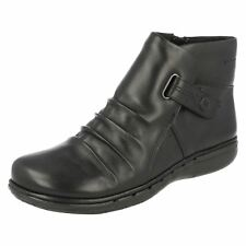 Ladies Clarks Unstructured Leather Ankle Boots - Un Arlyn