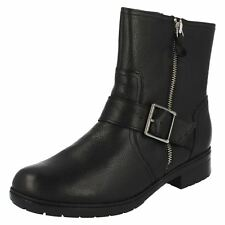 Ladies Clarks Zip Up Leather Biker Style Ankle Boots - Merrian Lynn