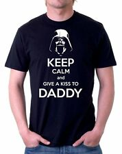 t-shirt NERA Darth Vader - Keep calm and give a kiss to DADDY by tshirteria d01