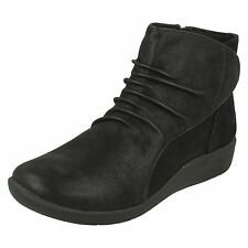 Clarks Ladies Cloud Steppers Boots 'Sillian Chell'