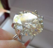 BREATHTAKING!  4.57 ct VVS1 11.20mm FANCY ICY SUNNY WHITE LOOSE ROUND MOISSANITE