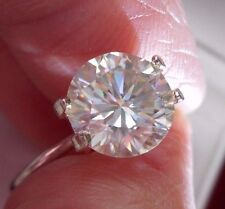 BRILLIANT!  2.11 ct  VVS1  8.56 mm  ICY FIERY WHITE H-i LOOSE ROUND MOISSANITE