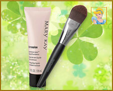 Mary Kay Base Fluida Luminosa TimeWise + Brocha para Base Fluida de Maquillaje