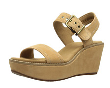Clarks Women's Aisley Orchid Wedge Sandal - Light tan - New in Box
